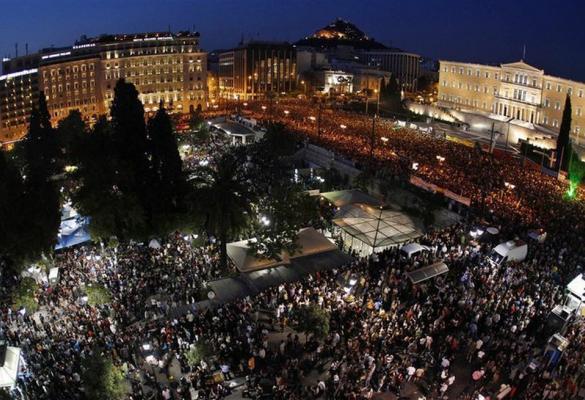 Οι πλατείες γράφουν ιστορία. Το συγκλονιστικό κίνημα του καλοκαιριού, ως έκφραση της παρατεταμένης λαϊκής αντίστασης