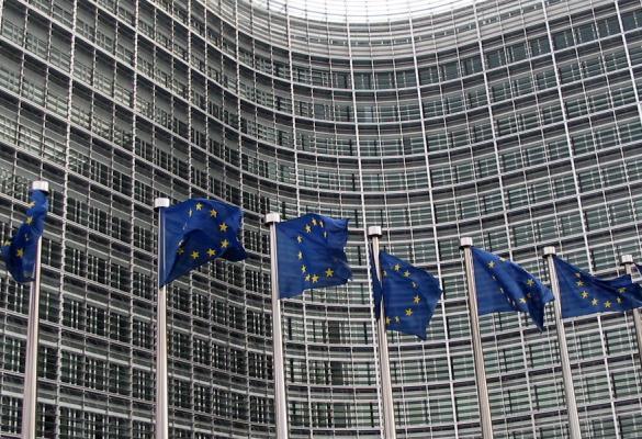 Η Ευρωπαϊκή Αριστερά σε πρωτόγνωρη στρατηγική αφωνία
