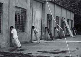 Ολοκληρωτισμός και κράτος έκτακτης ανάγκης: Ξαναγυρνώντας στη συμβολή των Ρόμπερτ Μπρέννερ και Νίκου Πουλαντζά