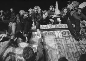Η «πτώση του τείχους» και η ελληνική Αριστερά